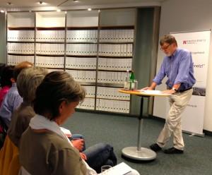 Vorstand Joachim Binder der Energienetz Hamburg im Bürgergespräch