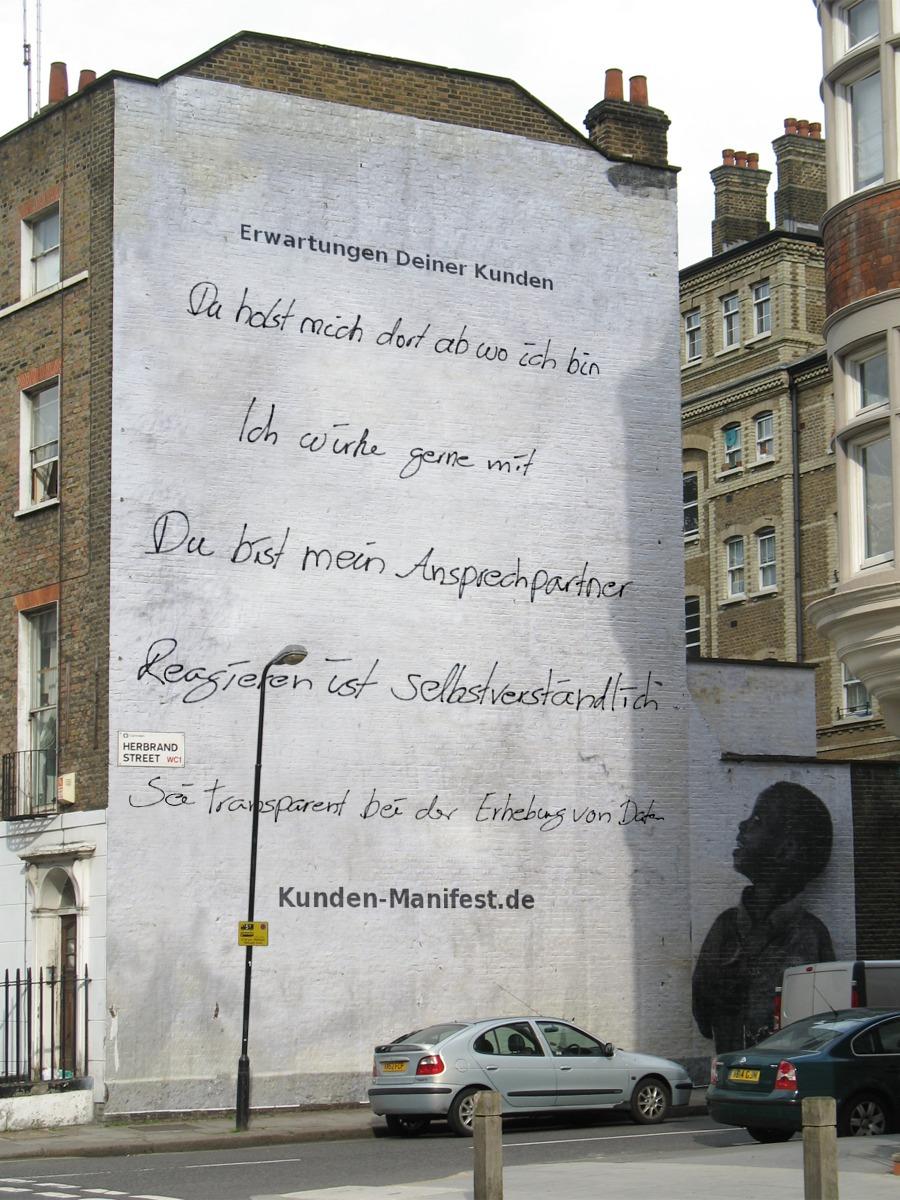 Bild PhotoFunia - Text: Kunden-Manifest.de