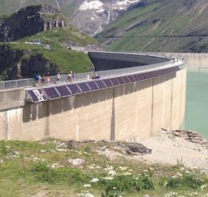 Alpines PV-Testfeld am Staudamm in Kaprun